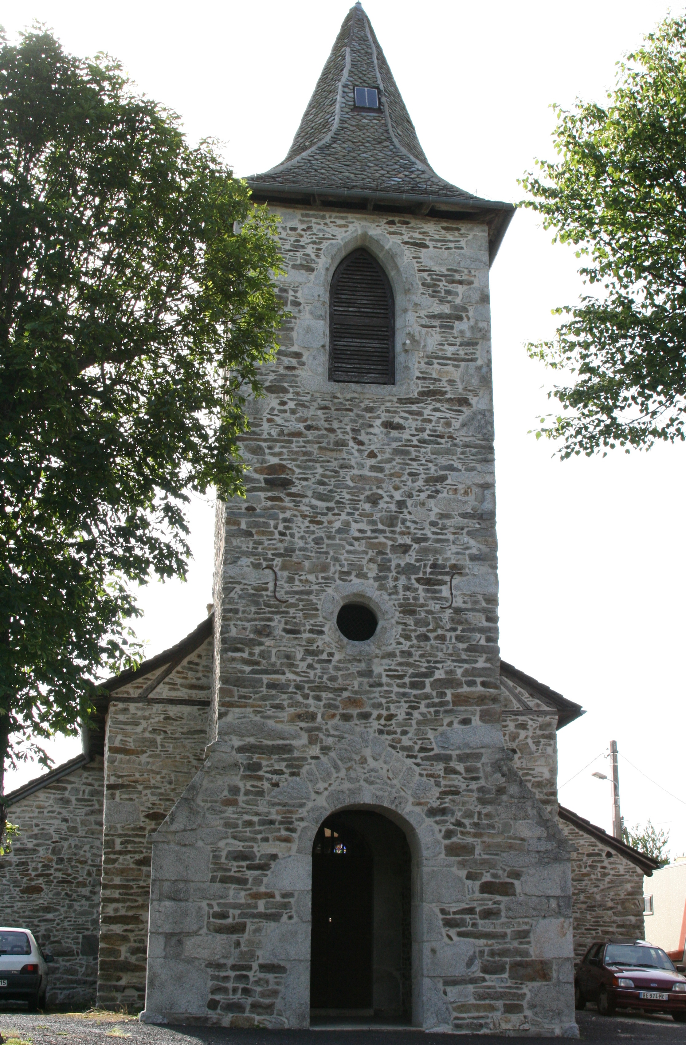 Lapeyrugue - Eglise